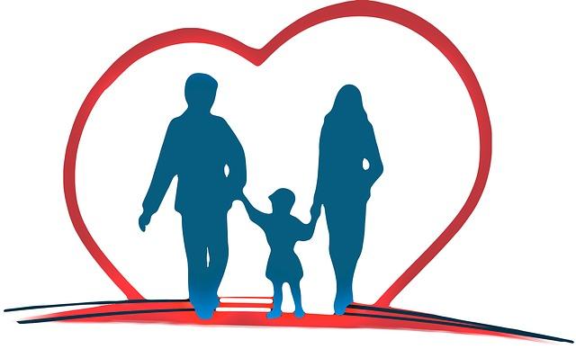 家族が手を繋ぐ、保険、親子