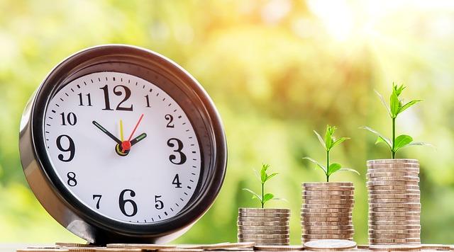 お金、時計、時間管理、コイン