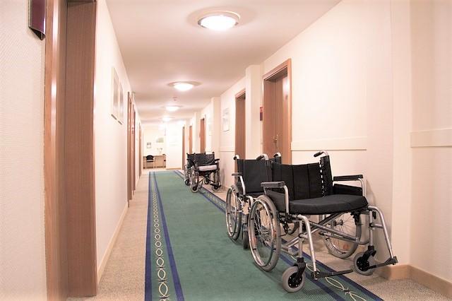 介護施設、老人ホーム、介護職の労働環境