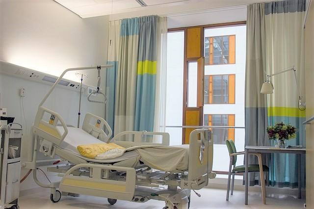病院、病室、特別療養環境室、ベット