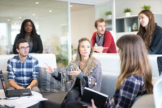 チームワーク、会議、コミュニケーション